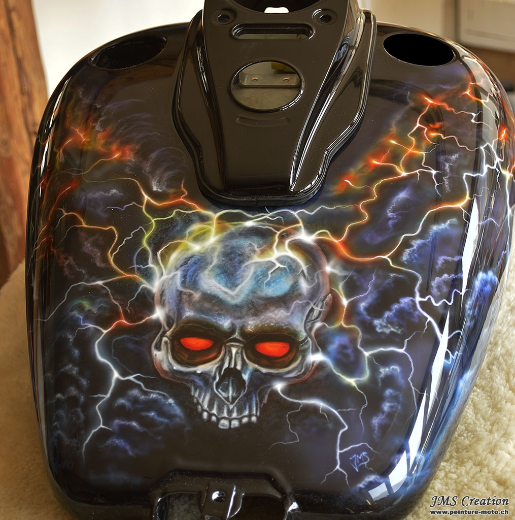 galerie motos page 1 peinture moto peinture casque a rographe airbrush custom harley. Black Bedroom Furniture Sets. Home Design Ideas